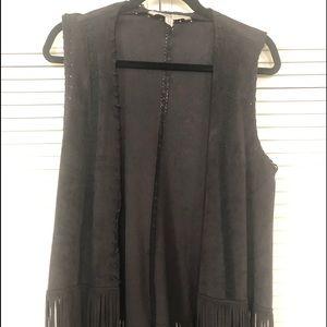 Zara Vest Black Vegan suede size med with fringe